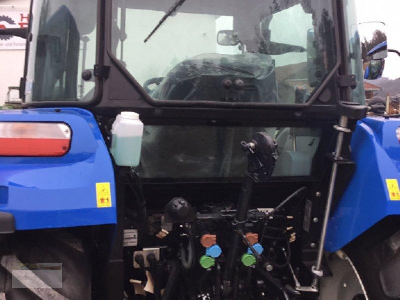 Traktor des Typs New Holland T4.55, Neumaschine in Fürsteneck (Bild 5)