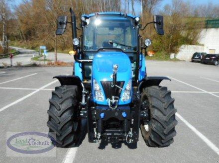 Traktor des Typs New Holland T4.65 Tier 4B, Neumaschine in Münzkirchen (Bild 3)