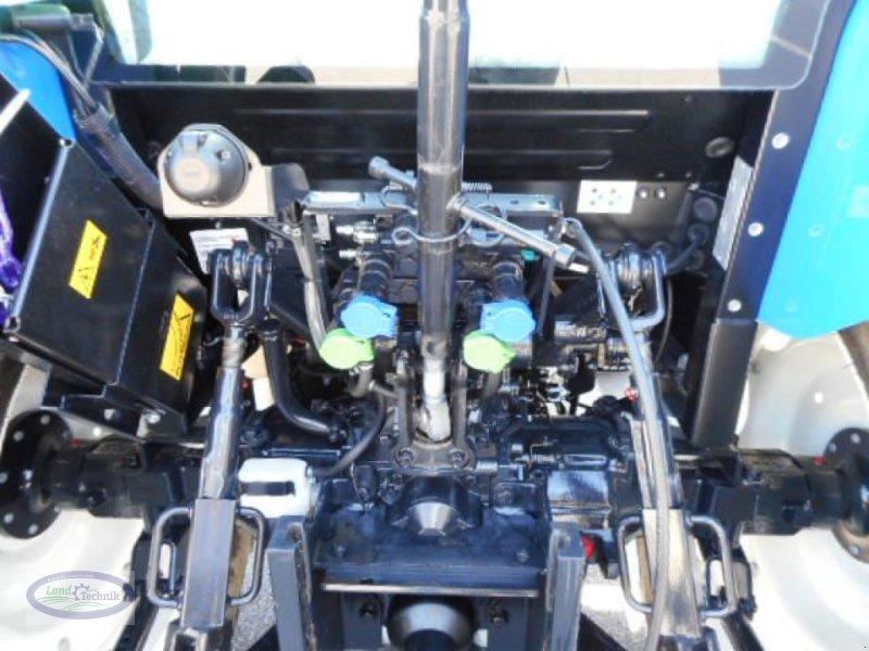 Traktor des Typs New Holland T4.65 Tier 4B, Neumaschine in Münzkirchen (Bild 7)
