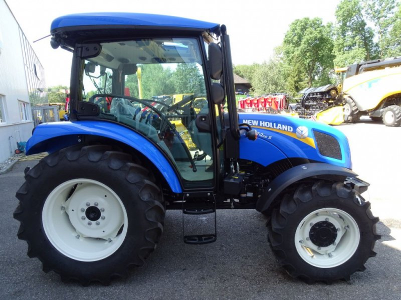 Traktor типа New Holland T4.65S, Neumaschine в Burgkirchen (Фотография 3)