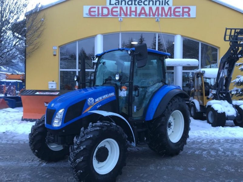 Traktor des Typs New Holland T4.75 STAGE V, Neumaschine in Burgkirchen (Bild 1)