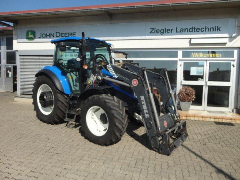 Traktor des Typs New Holland T4.85, Gebrauchtmaschine in Kandern-Tannenkirch (Bild 1)