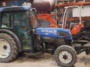 Traktor du type New Holland T4.95N, Gebrauchtmaschine en PEYROLE