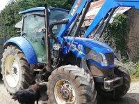 New Holland T5 95 DUAL COMMAND Traktor