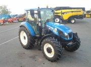 Traktor типа New Holland T5-95DC, Gebrauchtmaschine в ANTIGNY