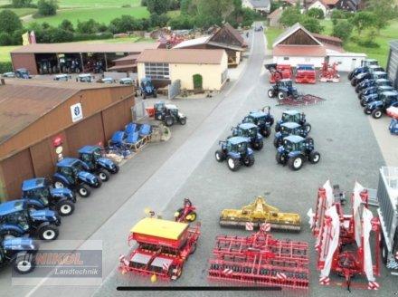 Traktor des Typs New Holland T5. Ausstellungsmaschinen, Neumaschine in Lichtenfels (Bild 2)