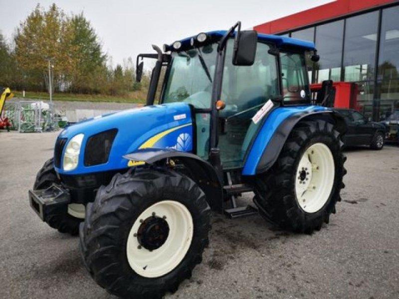 Traktor des Typs New Holland t5040, Gebrauchtmaschine in SANKT MARIENKIRCHEN BEI SCHÄRDING (Bild 1)