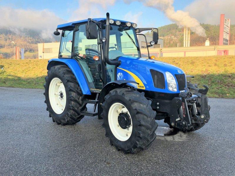 Traktor des Typs New Holland T5040, Gebrauchtmaschine in Villach (Bild 1)