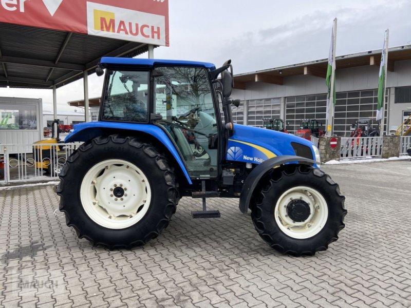 Traktor tip New Holland T5040, Gebrauchtmaschine in Burgkirchen (Poză 1)