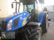 New Holland T5040 Traktor