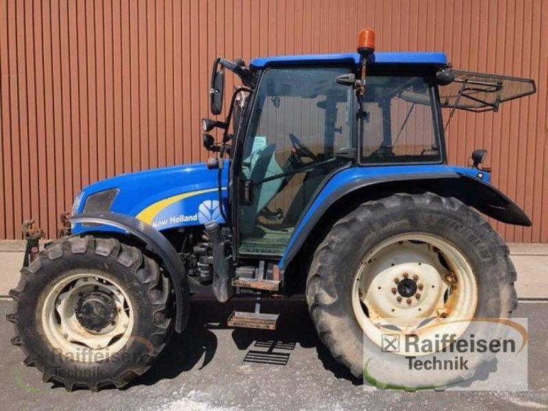 Traktor des Typs New Holland T5050, Gebrauchtmaschine in Frankenberg/Eder (Bild 1)