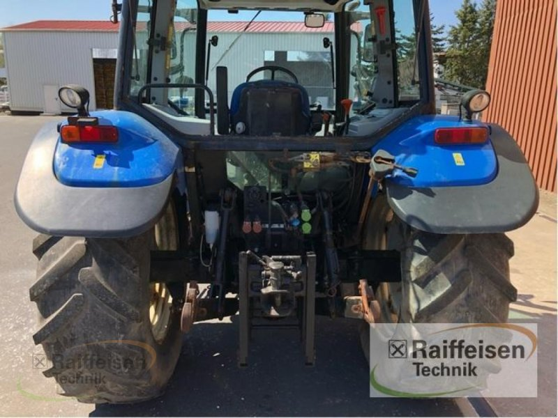 Traktor des Typs New Holland T5050, Gebrauchtmaschine in Frankenberg/Eder (Bild 3)