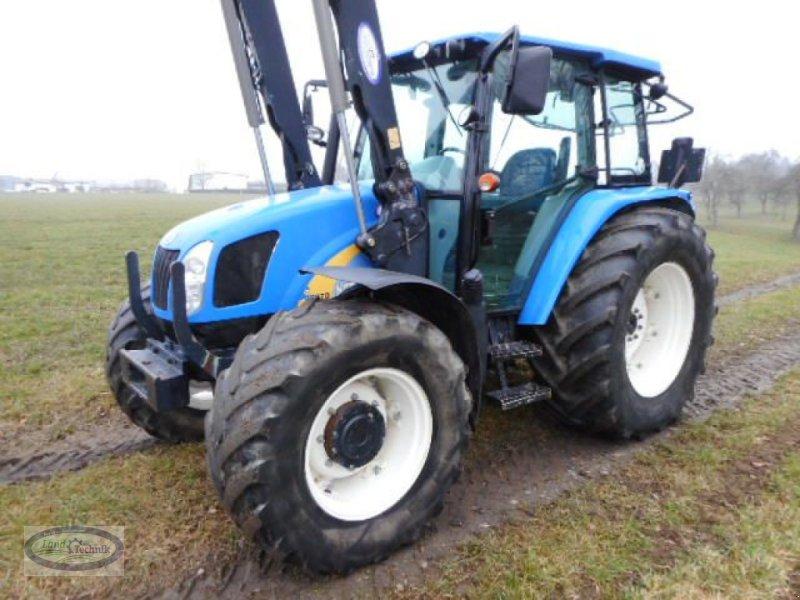 Traktor des Typs New Holland T5070, Gebrauchtmaschine in Münzkirchen (Bild 1)
