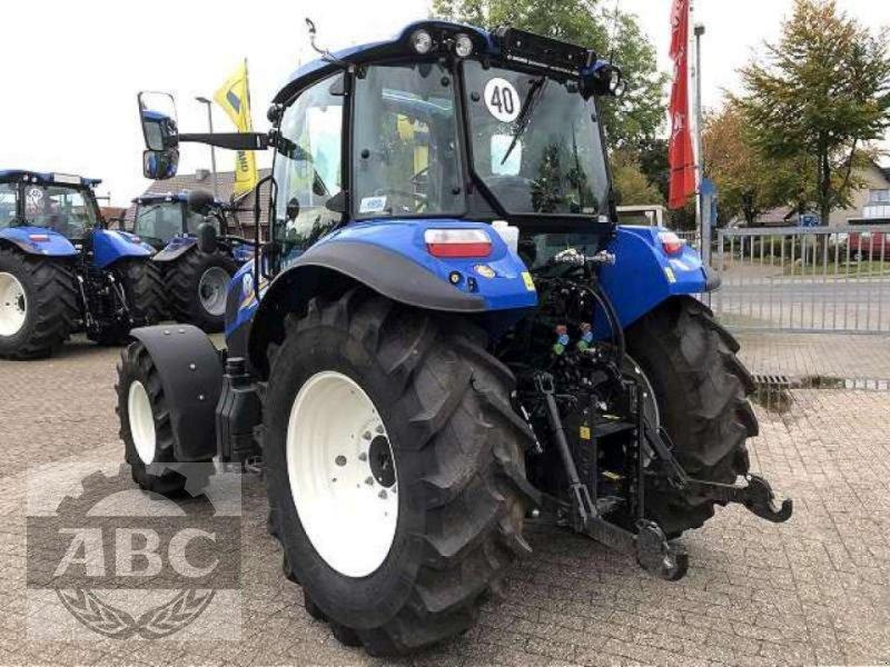 Traktor des Typs New Holland T5.105 DC KABINE SUP, Neumaschine in Bösel (Bild 5)