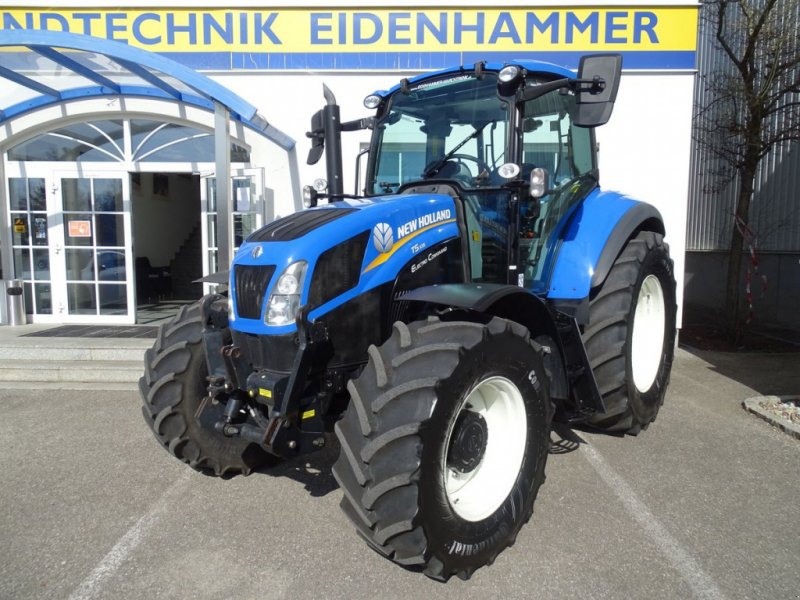Traktor типа New Holland T5.105 Electro Command, Gebrauchtmaschine в Burgkirchen (Фотография 1)