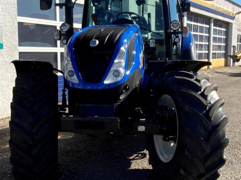 Traktor типа New Holland T5.120 AC, Neumaschine в Ampfing (Фотография 2)