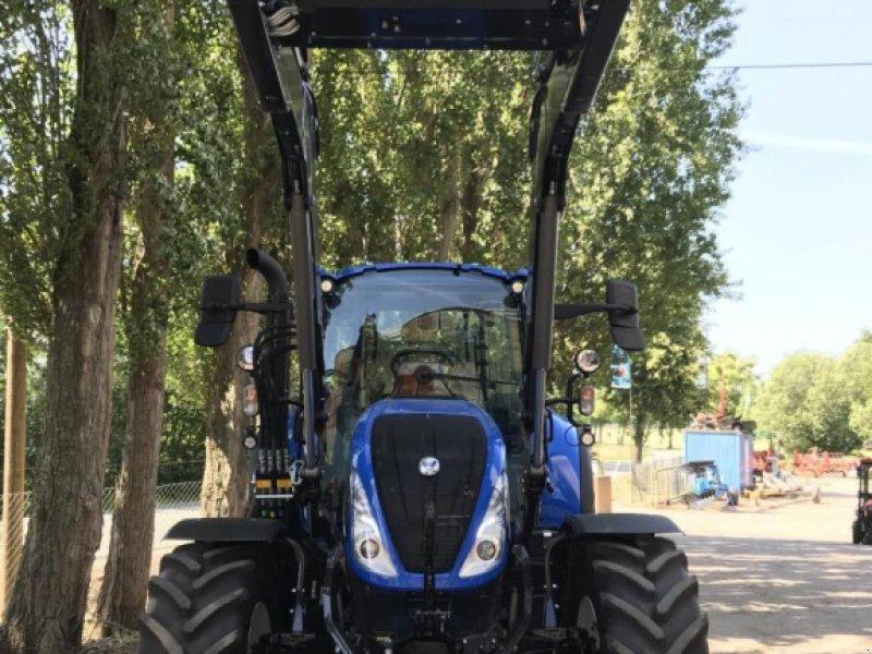Traktor des Typs New Holland T5.120 EC, Gebrauchtmaschine in BAD NENNDORF (Bild 1)