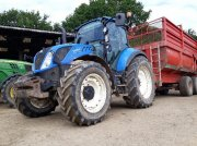 Traktor типа New Holland T5120, Gebrauchtmaschine в PLUMELEC
