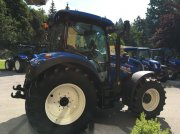 Traktor des Typs New Holland T5.140 AC (Stage V), Vorführmaschine in Burgkirchen