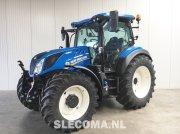 Traktor типа New Holland T5.140 AC, Gebrauchtmaschine в BOEKEL