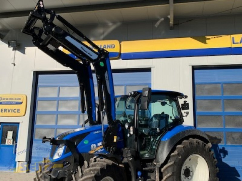 Traktor типа New Holland T5.140 AC, Neumaschine в Lindenfels-Glattbach (Фотография 1)
