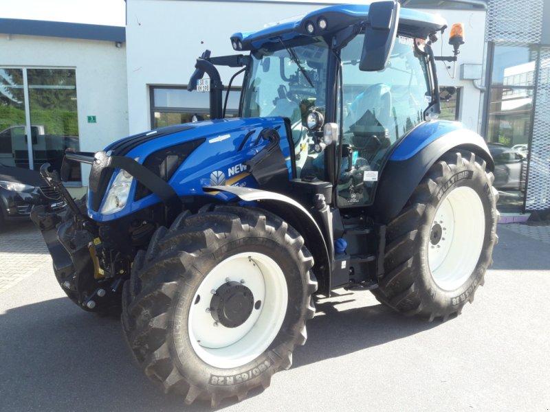 Traktor des Typs New Holland T5.140 AUTOCOMMAND, Neumaschine in Rötz (Bild 1)
