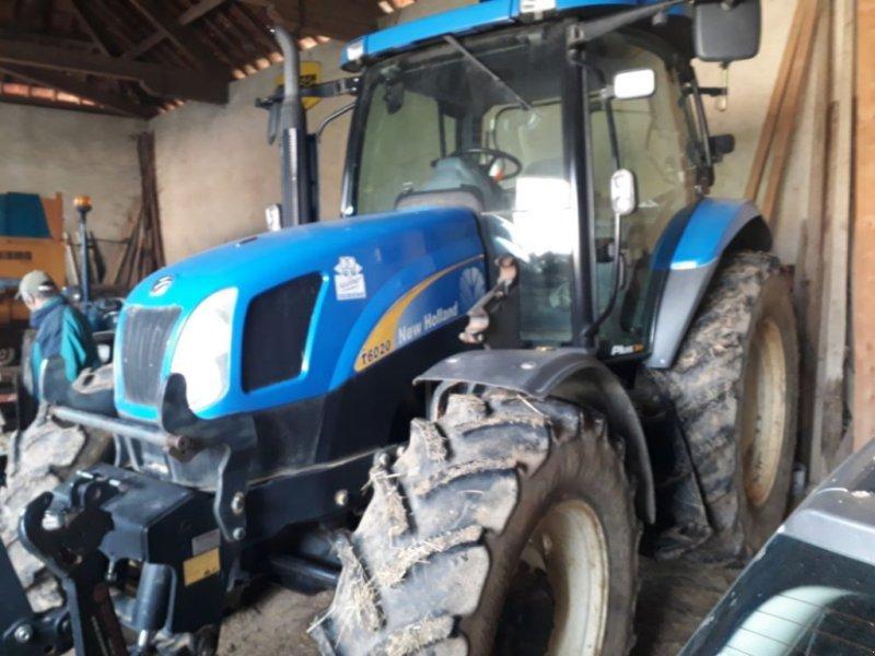Traktor типа New Holland T6020, Gebrauchtmaschine в CHAUMONT (Фотография 1)
