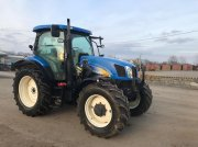 New Holland T6030 Traktor