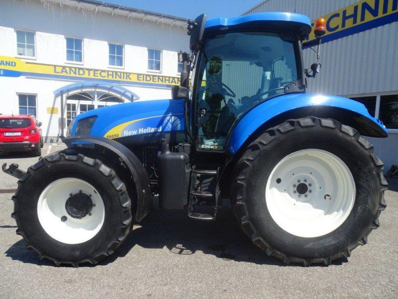 Traktor des Typs New Holland T6050 Elite, Gebrauchtmaschine in Burgkirchen (Bild 4)