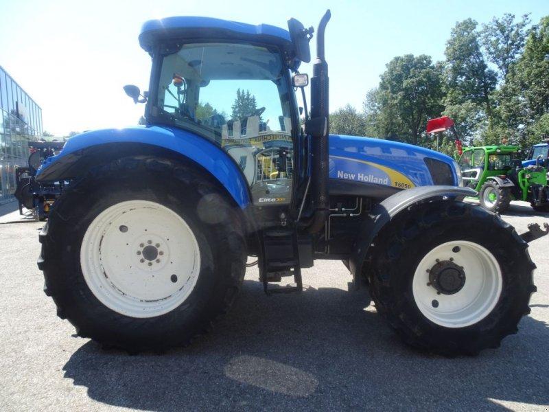 Traktor des Typs New Holland T6050 Elite, Gebrauchtmaschine in Burgkirchen (Bild 6)