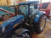 Traktor типа New Holland T6070 POWER COMMAND, Gebrauchtmaschine в TREMEUR