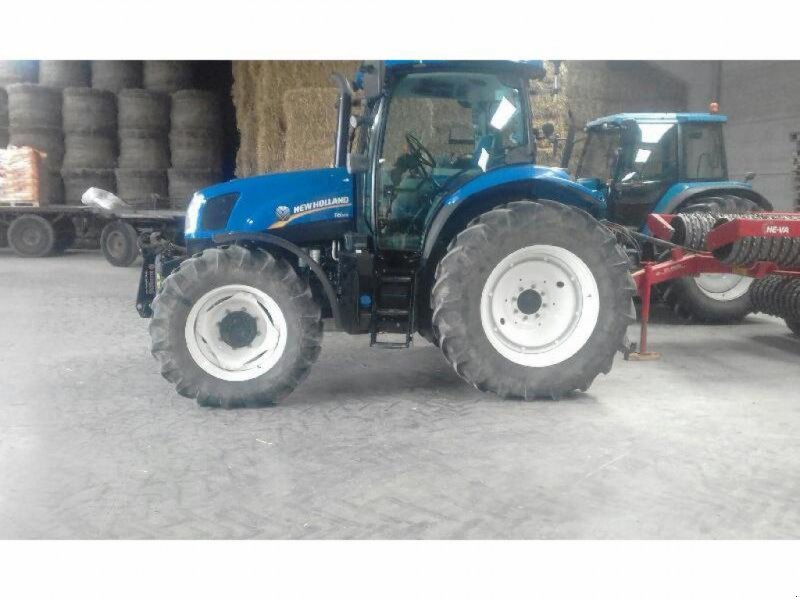 Traktor типа New Holland T6.120 EL. COMM., Gebrauchtmaschine в HERLIN LE SEC (Фотография 1)