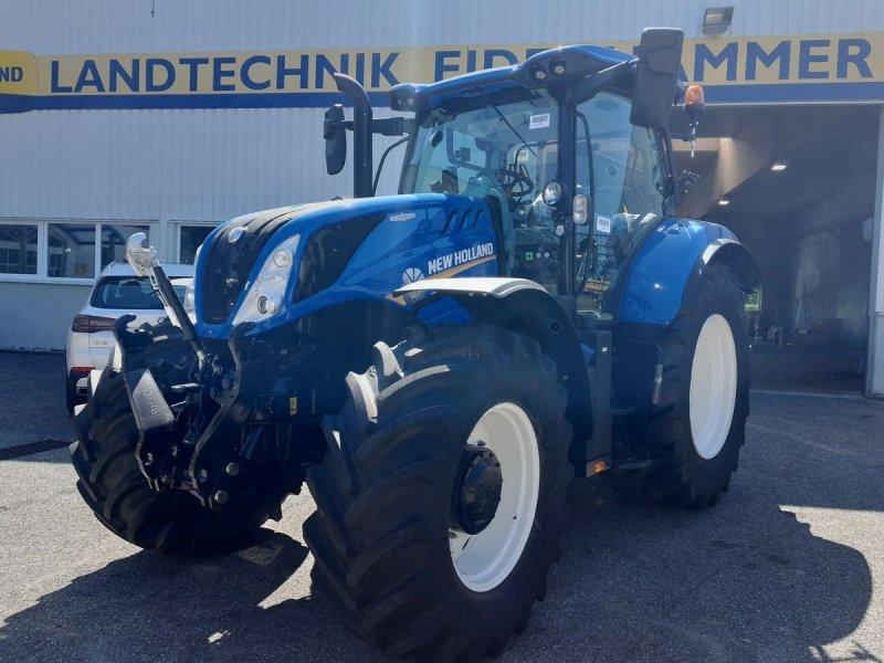 Traktor des Typs New Holland T6.145 Auto Command SideWinder II (Stage V), Neumaschine in Burgkirchen (Bild 1)