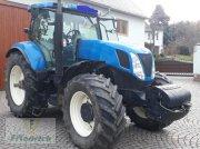 New Holland T7030 Traktor