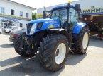 Traktor des Typs New Holland T7040 Auto Command in Burgkirchen