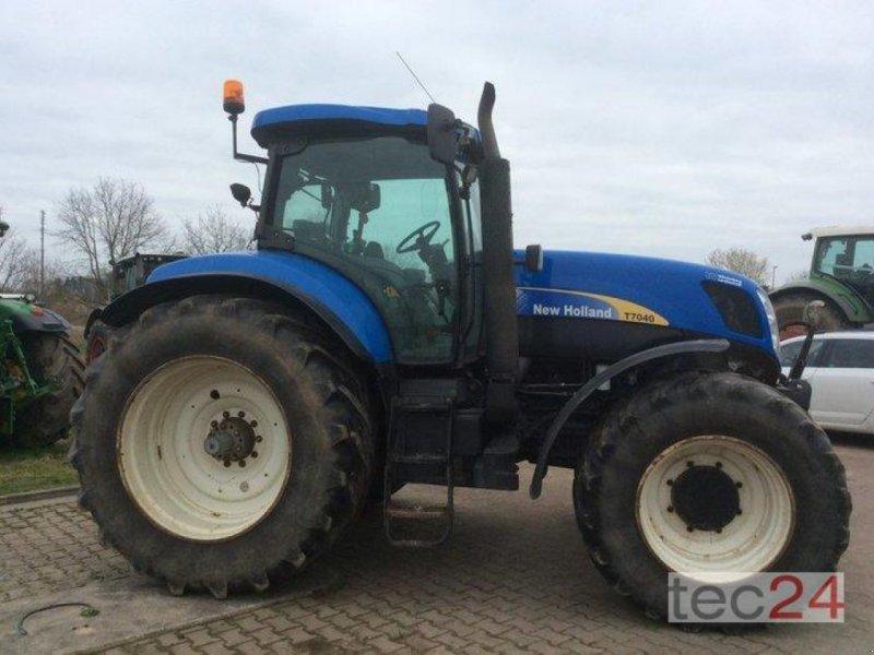 Traktor des Typs New Holland T7040, Gebrauchtmaschine in Goldberg (Bild 4)