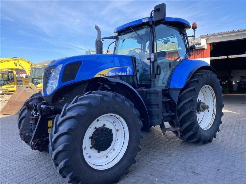 Traktor типа New Holland T7060 KUN 5800 TIMER!, Gebrauchtmaschine в Aalestrup (Фотография 1)