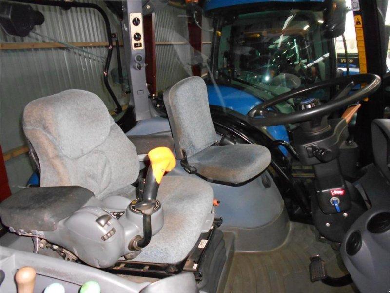 Traktor des Typs New Holland T7060 SS Frontlift, Gebrauchtmaschine in Skanderborg (Bild 7)