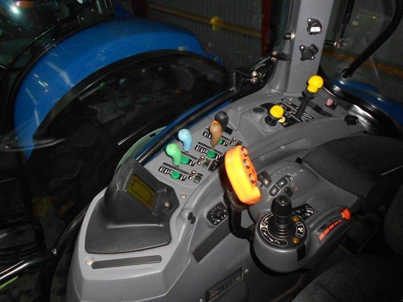 Traktor des Typs New Holland T7060 SS Frontlift, Gebrauchtmaschine in Skanderborg (Bild 6)