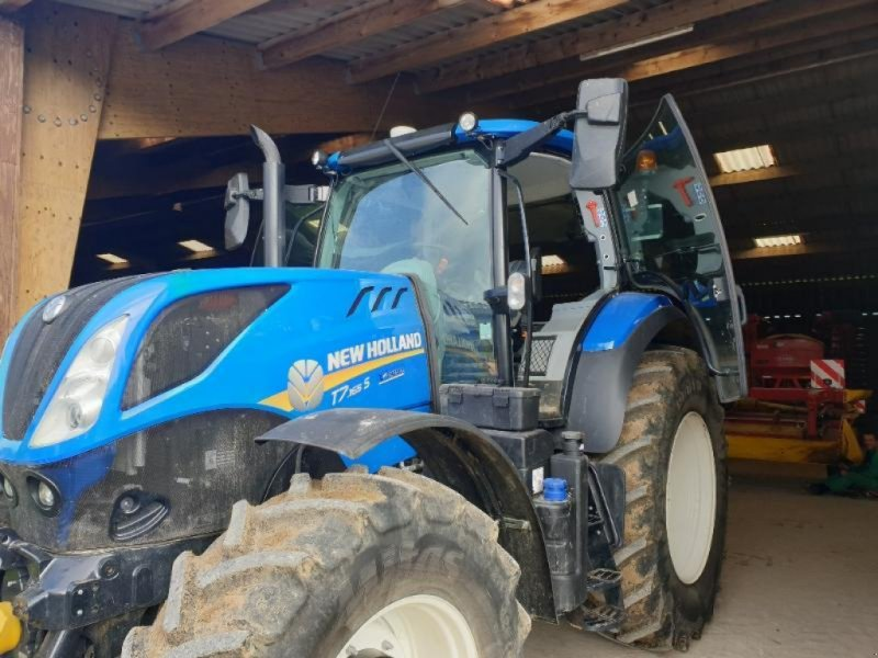 Traktor типа New Holland T7.165 S, Gebrauchtmaschine в Chauvoncourt (Фотография 1)