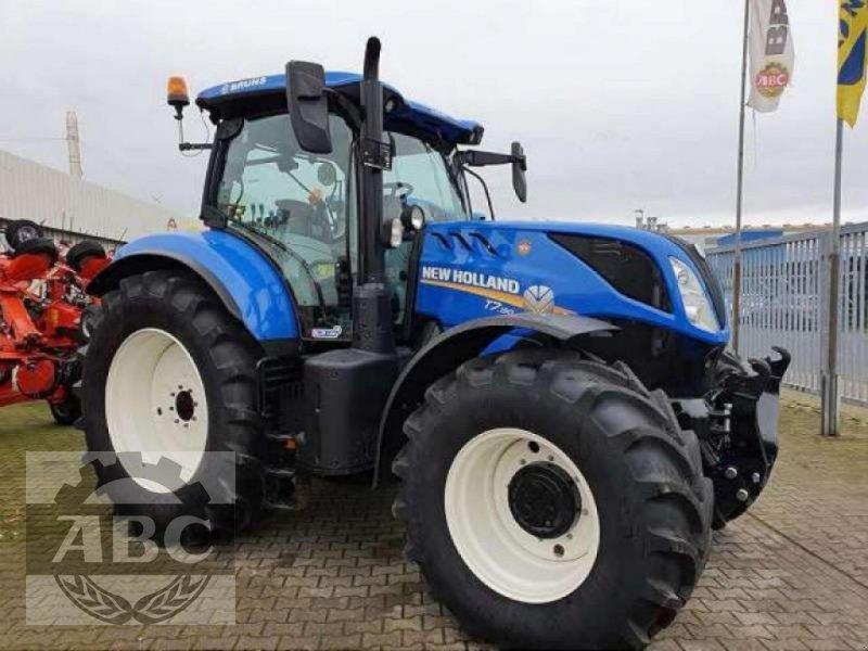 Traktor des Typs New Holland T7.190 CLASSIC MY18, Neumaschine in Cloppenburg (Bild 1)