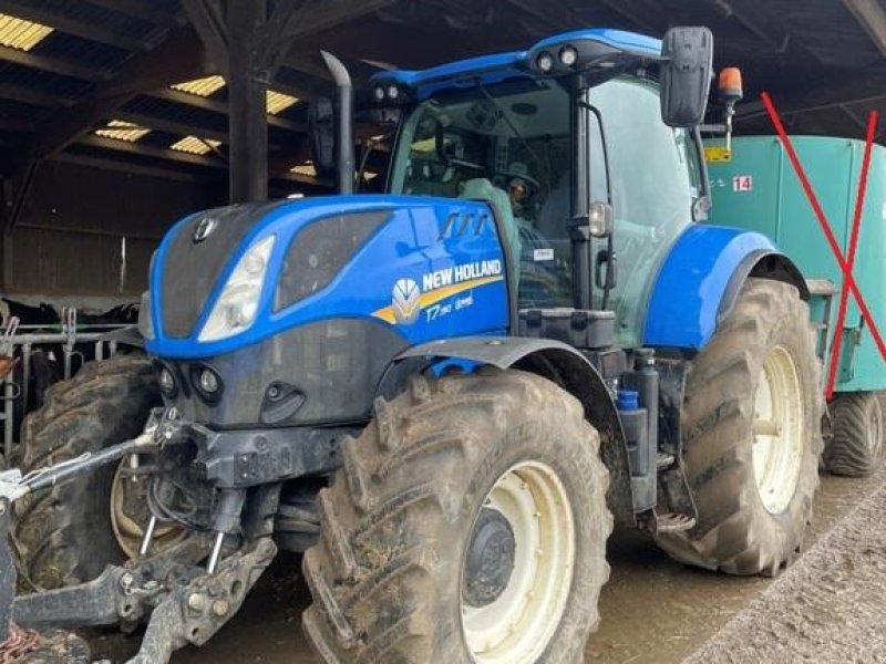 Traktor типа New Holland T7.190 PC T4B, Gebrauchtmaschine в CONDE SUR VIRE (Фотография 1)