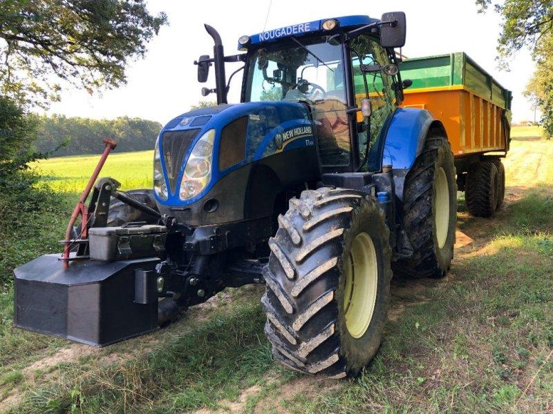 Traktor des Typs New Holland T7.200, Gebrauchtmaschine in Montauban (Bild 1)