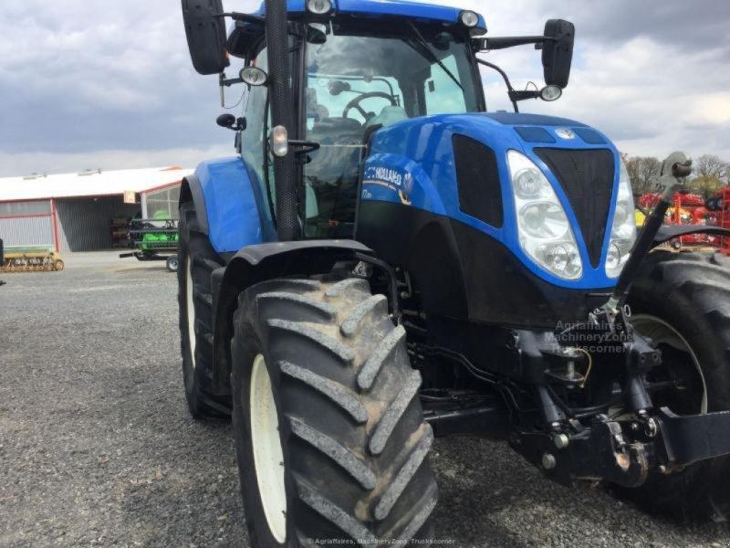 Traktor des Typs New Holland T7.200RC, Gebrauchtmaschine in Bray En Val (Bild 1)