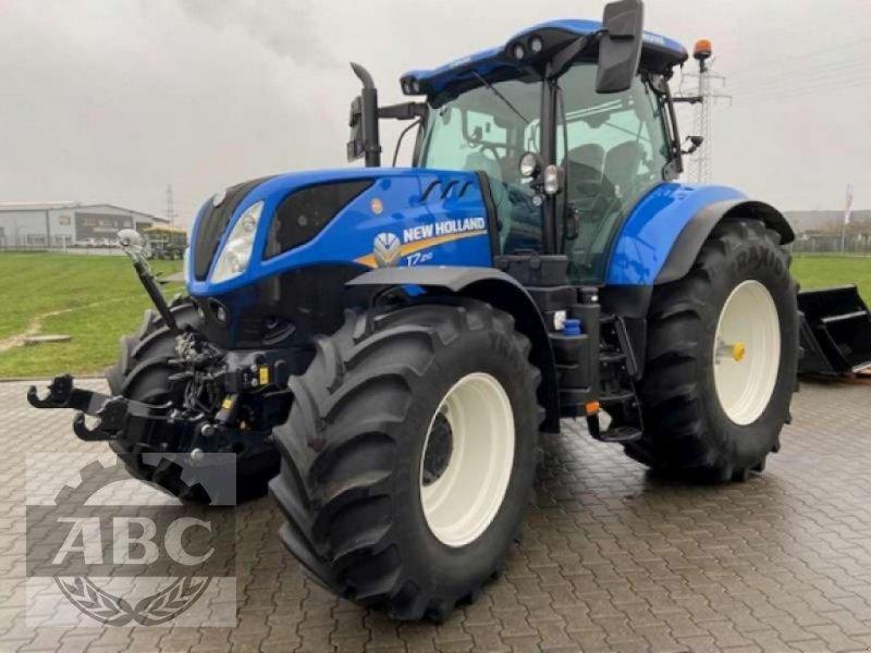Traktor des Typs New Holland T7.210 CLASSIC MY 18, Neumaschine in Lindern (Bild 1)