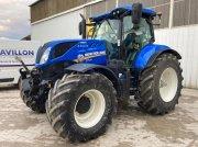 Traktor типа New Holland T7.210AC, Gebrauchtmaschine в VERT TOULON