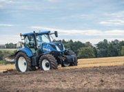 Traktor tipa New Holland T7.225 AC SW, Gebrauchtmaschine u Give