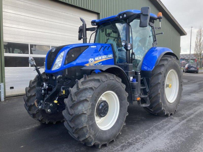 Traktor типа New Holland T7.225 AC, Gebrauchtmaschine в Middelfart (Фотография 1)