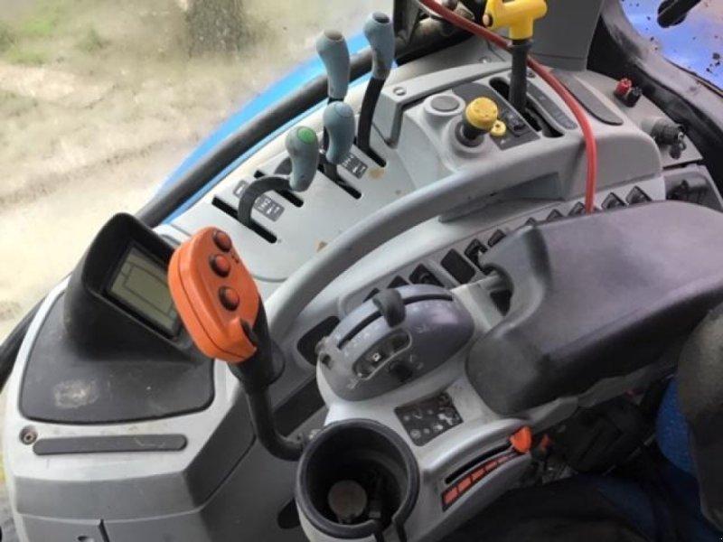 Traktor des Typs New Holland T7.235 PC, Gebrauchtmaschine in HERLIN LE SEC (Bild 3)