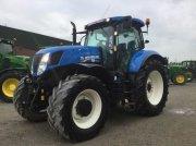 New Holland T7.235 Traktor